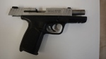 A .40 calibre handgun seized by Toronto police is seen. (Toronto Police Service)