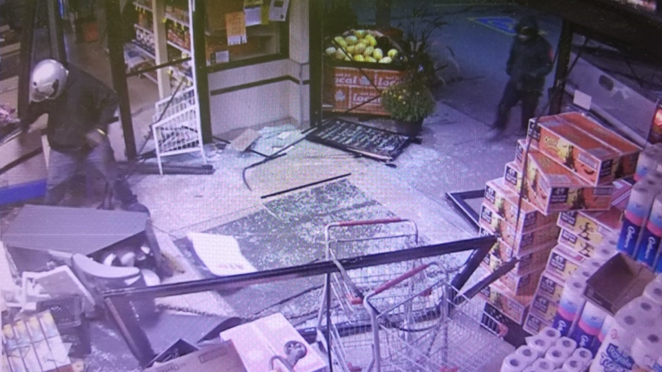 Security image of a suspect stealing an ATM from a Hillsburgh store. (Courtesy: OPP)