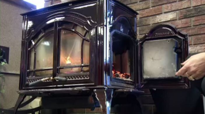 A  new Montreal bylaw restricting the use of fireplaces and wood stoves comes into effect October 1.