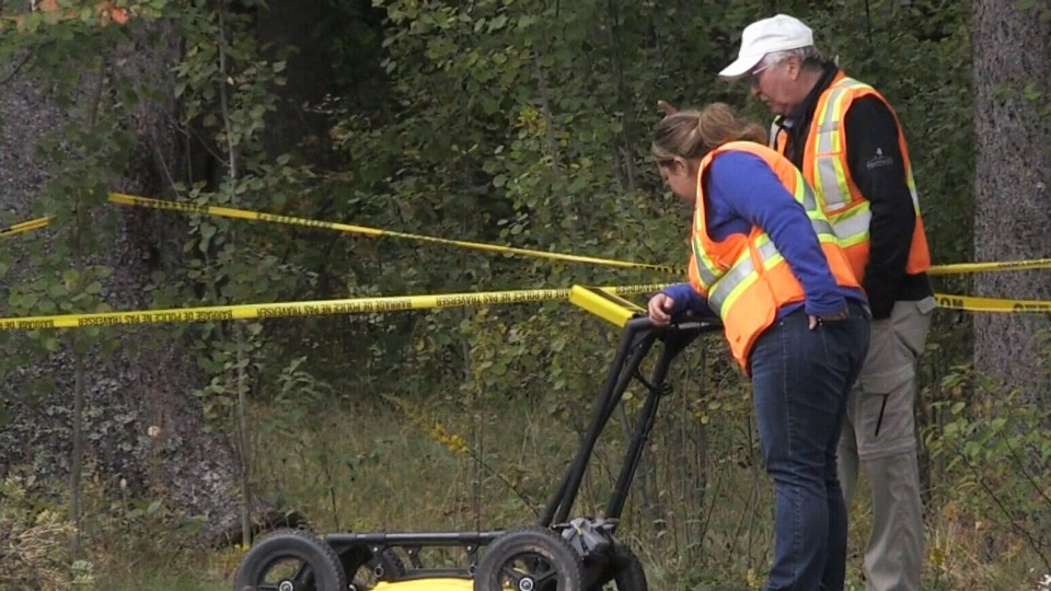 An underground specialist using ground-penetrating radar to determine the extent of the damage and how city officials will need to proceed to fix the sinkhole in Oxford, N.S.