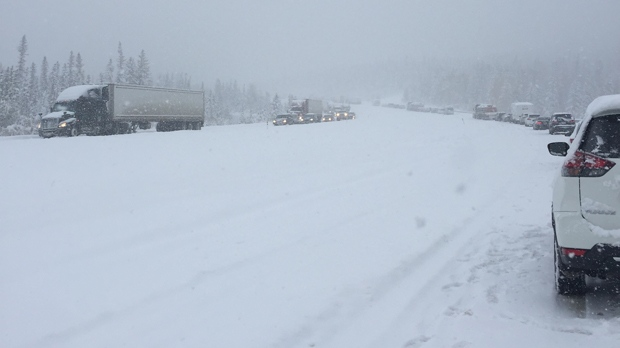 Stopped traffic on the Trans-Canada Highway east of Canmore on October 2, 2018 (image courtesy: Julie Morris)