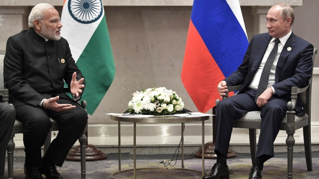 Russian Federation  and India sign R73 billion air-defense deal