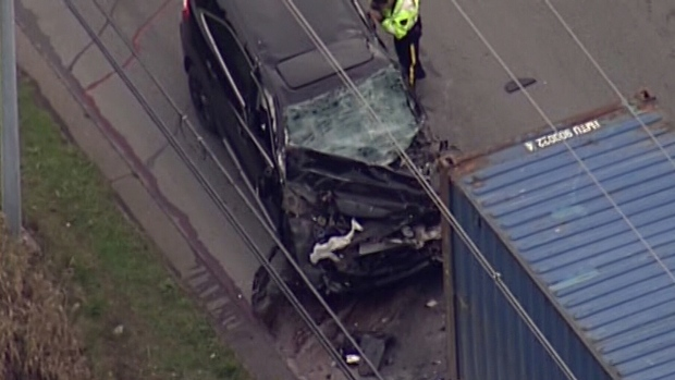 Accident In Surrey Today >> Man In His 50s Dead After Suv Collides With Semi Truck In