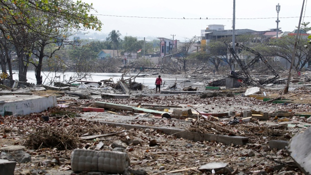 Indonesia says death toll in Sulawesi quake rises past 2,000