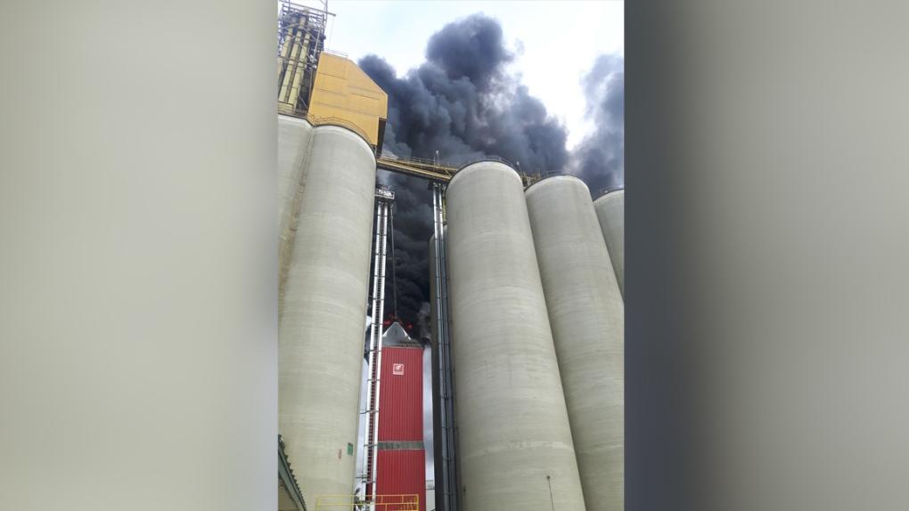 Grain elevator fire in Unity, Sask.