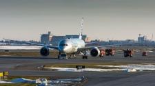 American Airlines emergency landing - Calgary