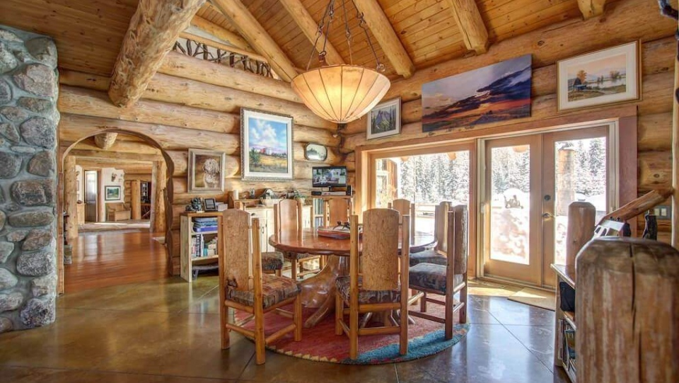 A 6,300-square-foot home on a 60-acre property near Calgary hits the auction block starting Oct. 23. (Jordan Lotoski Real Estate)