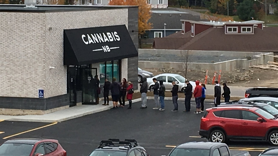 A line forms outside a Cannabis NB store in Fredericton on Oct. 17, 2018. (Nick Moore/CTV)