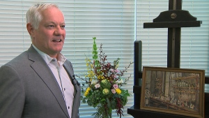 """Heffel Fine Art Auction House president David Heffel calls Dr. Frederick Banting's """"The Lab"""" a """"piece of history."""" (CTV News)"""