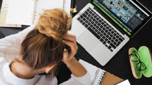 Recent research from staffing firm Accountemps suggests feeling worn out at work is a common occurrence among Canadian employees. (Pexels/energepic)
