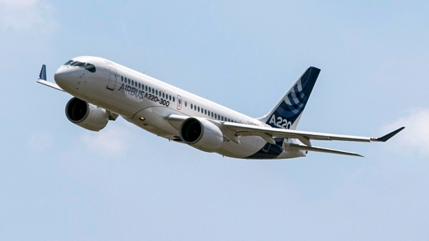 Airbus A220 lands at Toulouse-Blagnac