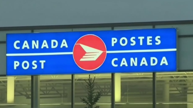 Postal union to retailers: 'We're as frustrated as you are' about dispute