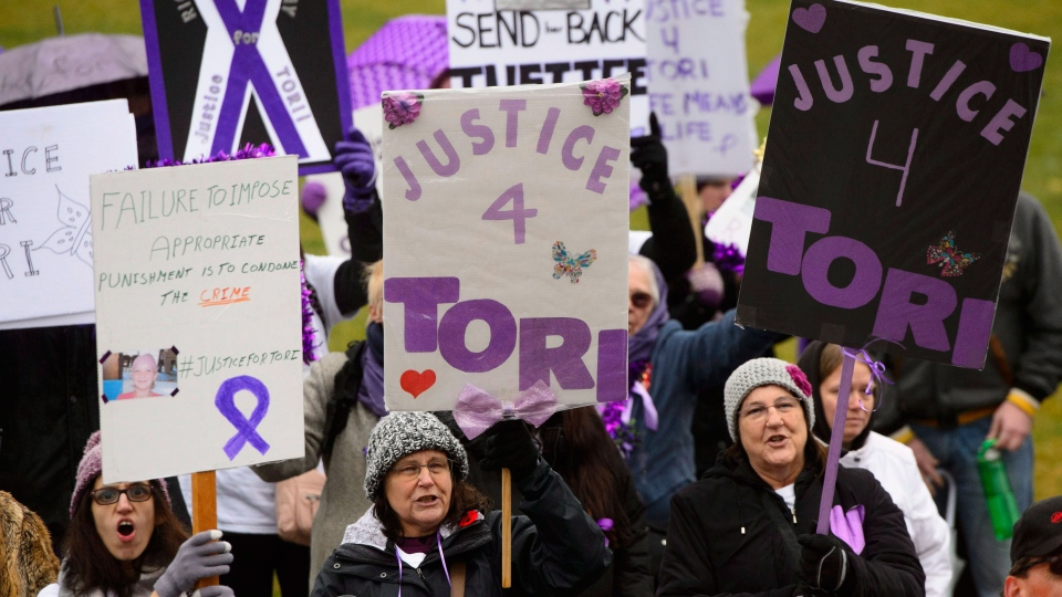 Supporters take part in a 'Justice for Tori' protest on Parliament Hill in Ottawa on Friday, Nov. 2, 2018. THE CANADIAN PRESS/Sean Kilpatrick