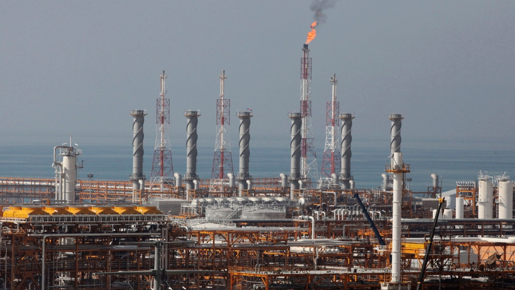 U.S. to sanction nations for importing Iranian oil: sources