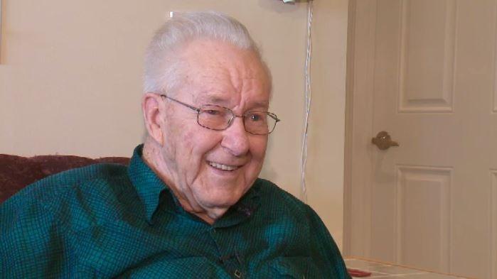 Herb Shier at his Saskatoon retirement home. (Laura Woodward/CTV Saskatoon)