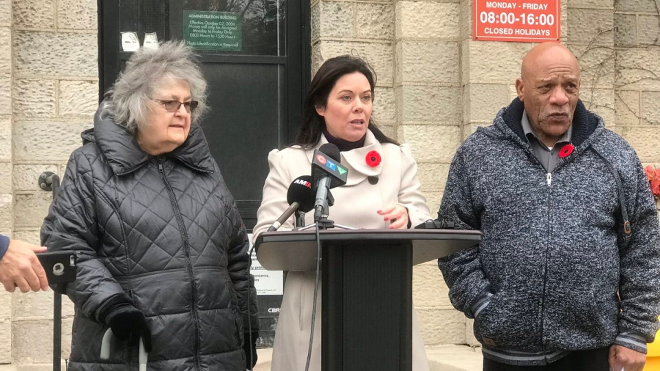 Windsor West MPP Lisa Gretzky (middle) with Mary Ann Cuderman (left) and Ron Jones (right) call for community consultation before the old Windsor jail is sold. ( Alana Hadadean / CTV Windsor )