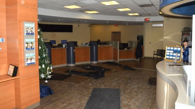 The inside of the RBC branch located near Dufferin Street and Major Mackenzie Drive West is seen. (Special Investigations Unit)