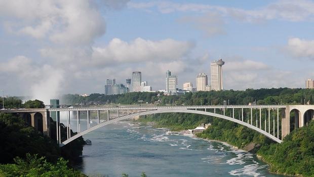 Reapertura de la frontera entre Canadá y Estados Unidos: esto es lo que dicen los habitantes de Ontario