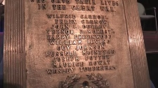 Plaque commemorates students lost to WWI