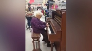 84-year-old delights Ont. Value Village shoppers w