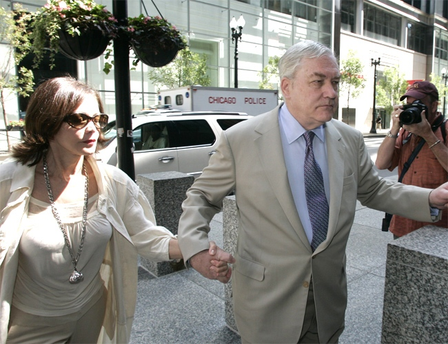 Conrad Black arrives at the U.S. federal courthouse in Chicago on Friday, July 13, 2007. (AP / Jerry Lai)