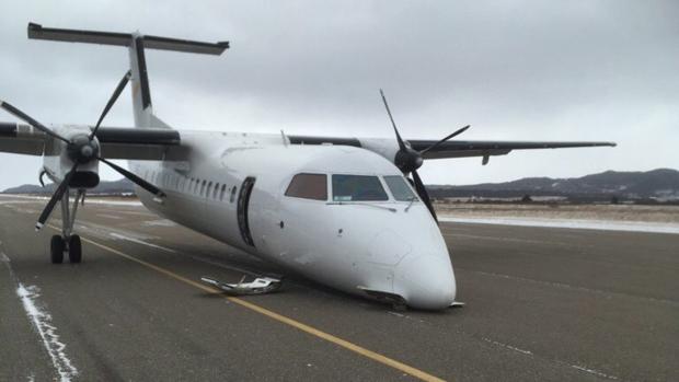 Plane crash lands in Stephenville, N.L.
