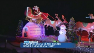 Santa gets a brand new ride for parade