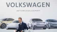 Volkswagen CEO Herbert Diess arrives for a news conference in Wolfsburg, Nov. 16, 2018. (Julian Stratenschulte/dpa via AP)