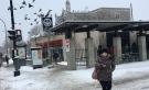 Montrealers start their trek through the first heavy dumping of snow outside Villa Maria metro in CDN-NDG on November 16, 2018. (Kelly Greig/CTV Montreal)