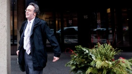 Irwin Elman, provincial advocate for child and youth for the province of Ontario, leaves a Toronto coroner's courthouse following the first day of the inquest into the federal prison death of 19-year-old Ashley Smith on Monday, January 14, 2013. (THE CANADIAN PRESS/Michelle Siu)