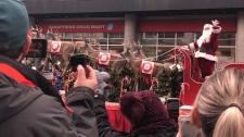 Santa Claus arrives in downtown Ottawa