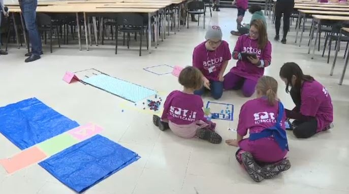 Girl Scouts got a taste of life as a scientist at a sci-fi camp put on by the University of Saskatchewan on Nov. 17, 2018.