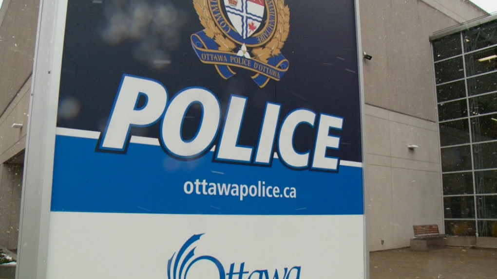 Ottawa Police eye $20 charge for volunteer background check