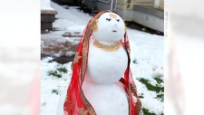 Juliet the snow lady takes internet by storm