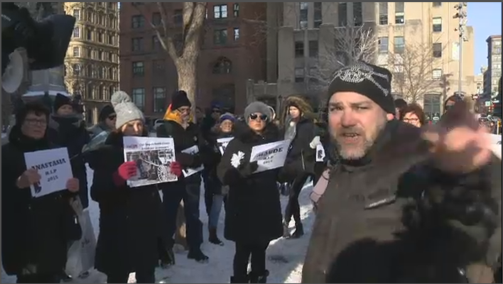 During Saturday's gathering on Old Montreal, about two dozen strong, an unnamed caleche driver interjected and went on a tirade that lasted almost 30 minutes. (CTV Montreal)
