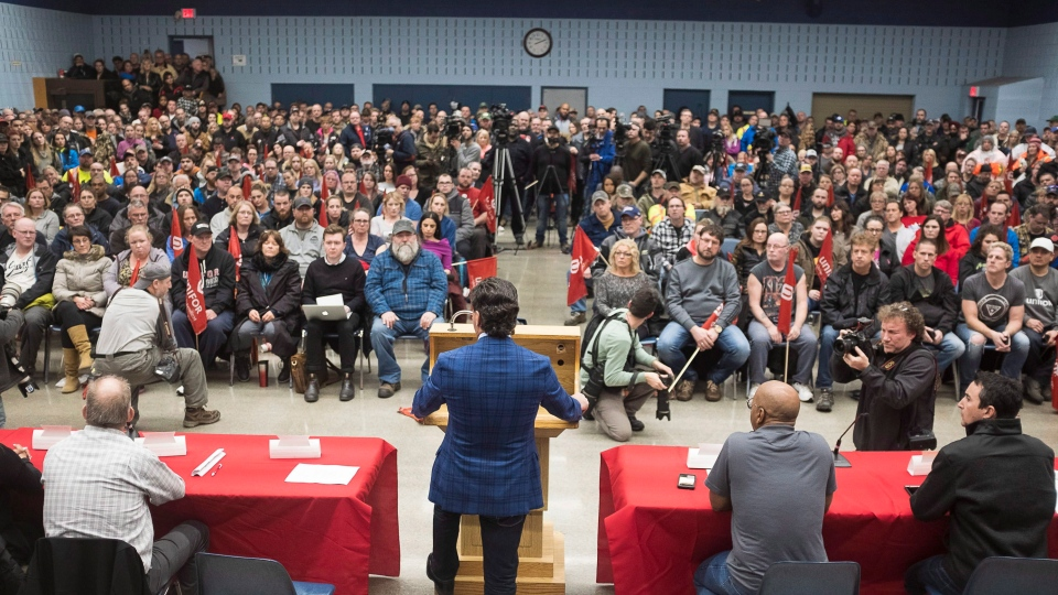 Jerry Dias, president of UNIFOR, the union representing the workers of Oshawa's General Motors car assembly plant, speaks to the workers at the union headquarters, in Oshawa, Ont. on Monday, Nov. 26, 2018. (THE CANADIAN PRESS/Eduardo Lima)