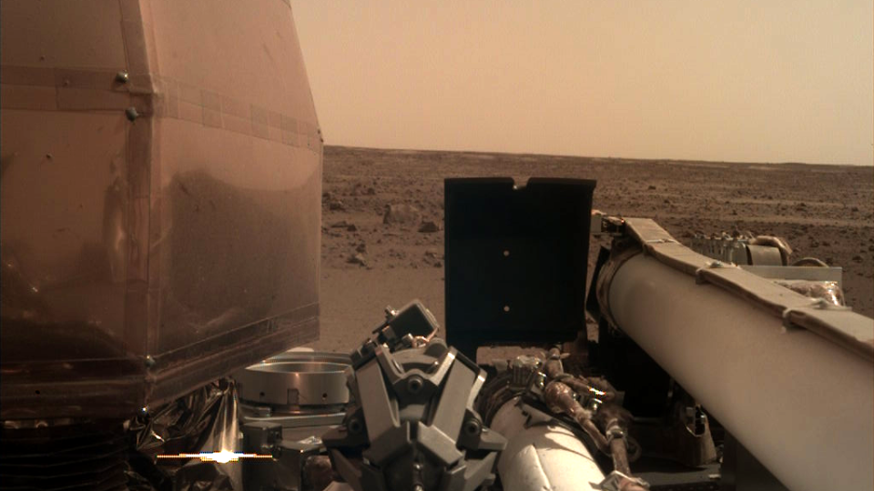 NASA's InSight Mars lander acquired this image using its robotic arm-mounted, Instrument Deployment Camera (IDC) (Image Credit: NASA/JPL-Caltech)