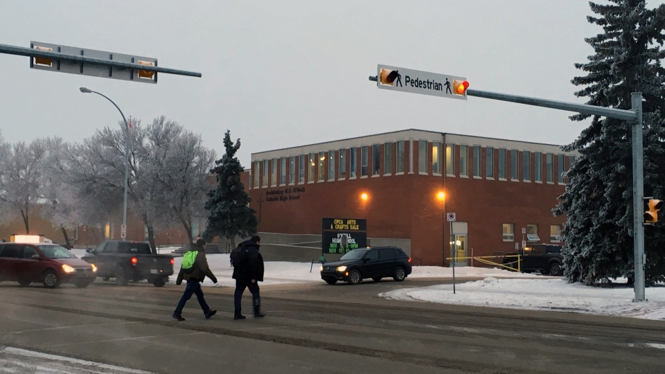 Students arrive at Archbishop O'Neill school on Nov. 30, 2018. (COLE DAVENPORT/CTV REGINA)