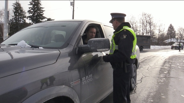 Alleged impaired driver gives hamburger to officer instead of licence