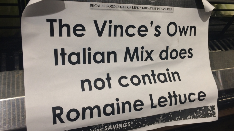 Vince's Market in Newmarket, Ont., posts notice for customers.  Wednesday, Dec. 5, 2018 (CTV News/Beatrice Vaisman)