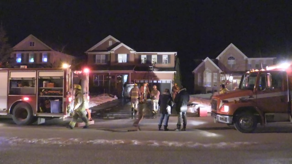 Fire crews respond to a house fire on Truax Crescent in Angus, Ont. on Wednesday, Dec. 5, 2018 (CTV News/David Sullivan)