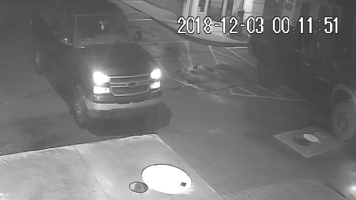 Police released this photo of a wanted pickup truck. (Source: Norfolk OPP)