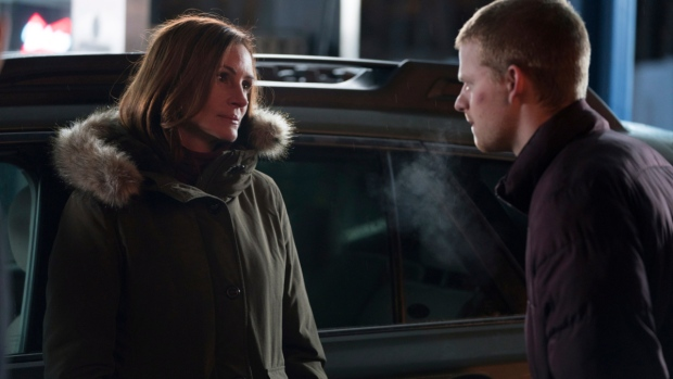 Lucas Hedges and Julia Roberts in 'Ben is Back'