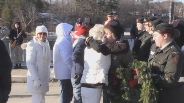 American and Canadian families unite at border for ceremony honouring fallen soldiers