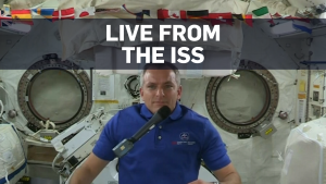 Canadian astronaut David Saint-Jacques speaks about weightlessness and the confusion he dealt with in his first week inside the ISS.
