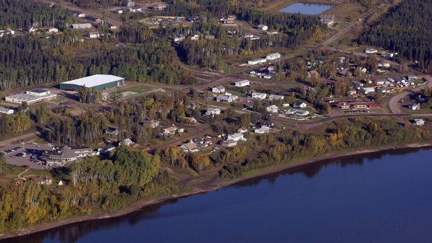 An aerial view of Fort McKay, Alta., Monday, Sept. 19, 2011.  THE CANADIAN PRESS/Jeff McIntos