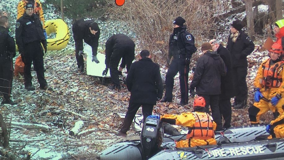 The London police Major Crimes division has launched an investigation after a body was discovered on the bank of the Thames River.