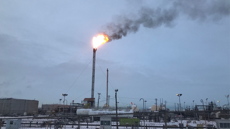 An operational issue at Imperial Oil in Sherwood Park caused a cloud of thick smoke in Edmonton. (Supplied)