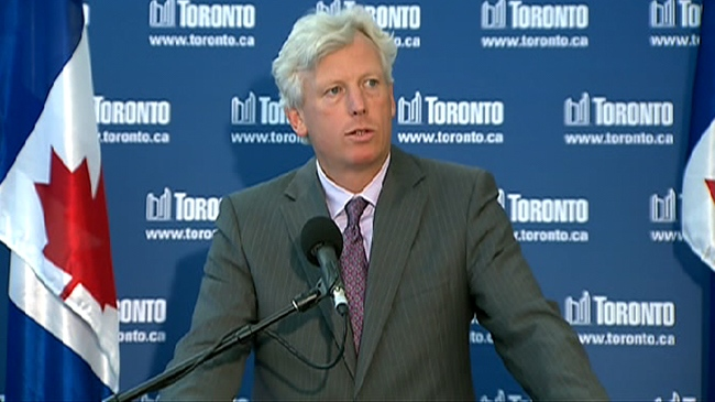 Toronto Mayor David takes questions from the media on the ongoing negations on Friday, July 17, 2009.