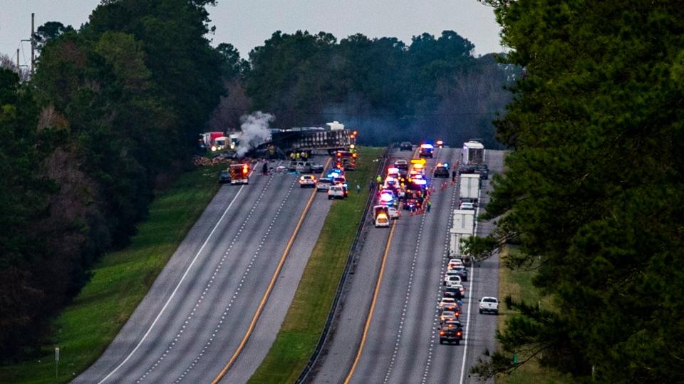 5 children heading to Disney World killed in fiery Florida crash